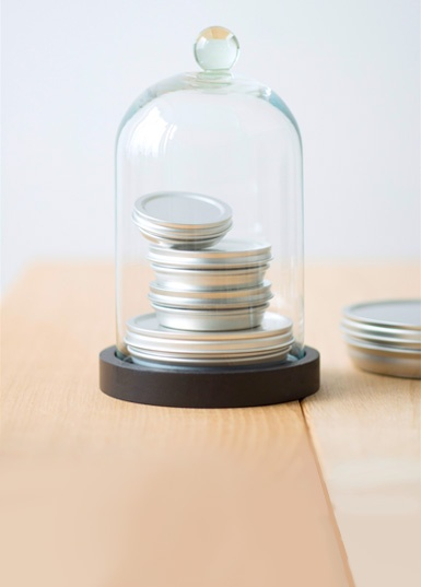 silver-vacuum-caviar-tin-1.jpg