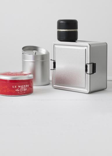 Product-desjardin-bespoke-tin-1.jpg
